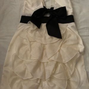 Halter ivory dress With  black bow